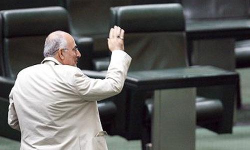 استیضاح مرحوم علی کردان وزیر کشوردولت محمود احمدی نژاد با 188 موافق، 45 مخالف و 14 ممتنع در آبان 1387 رای آورد.