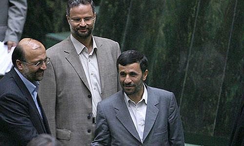 استیضاح محمود فرشیدی وزیر آموزش و پرورش دولت محمود احمدی نژاد اردیبهشت 1386 با 89 موافق، 132 مخالف و 17 ممتنع رای نیاورد.
