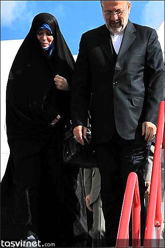 طاهره نظری همسر منوچهر متکی. وی پس از انتخاب آقای متکی به عنوان وزیر خارجه همواره در کنار او بوده و بعنوان مشاور وزیر خارجه عمل می کرد.