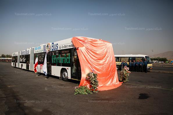 رونمایی از اتوبوس های سه کابین هیبریدی