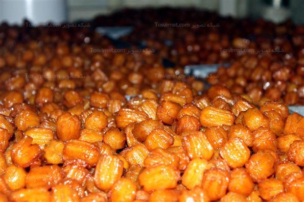 کارگاه پخت زولبیا و بامیه در ماه رمضان