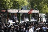 مراسم تشییع پیکر مطهر ۱۳۵ شهید گمنام دوران دفاع مقدس