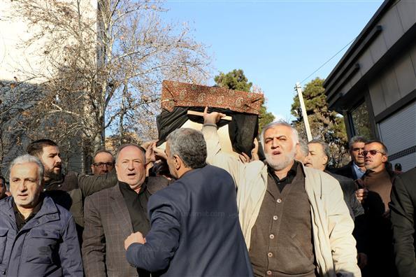 مراسم تشییع پیکرآیت الله سید هاشم رسولی محلاتی