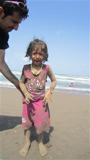 عباس قزبانی, اشک های کودکانه یک حس